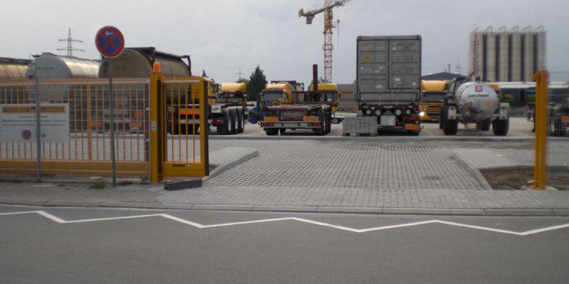 containerabstellplatz-16F3A41EE-7D77-936F-68B5-EF6950B3430E.jpg