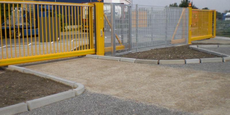 containerabstellplatz-3D8693701-5161-F796-2467-5CF95B3CBA13.jpg
