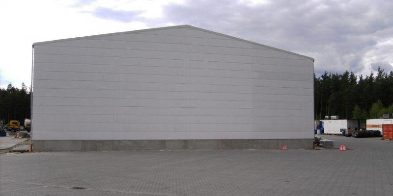 reparaturhalle-208144A91-5517-FD75-7C92-6A6B9F0FD0C4.jpg