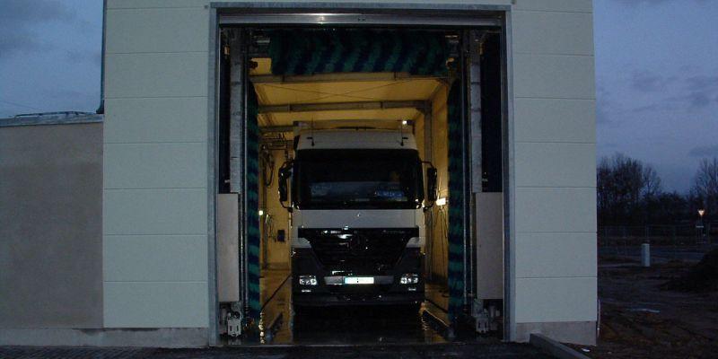 waschanlage-9BC38D43B-F63E-DAD9-B7AE-98BB105810A0.jpg